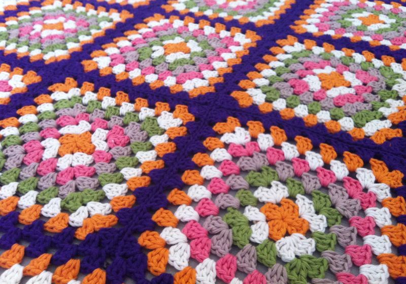 Colours of retro blanket